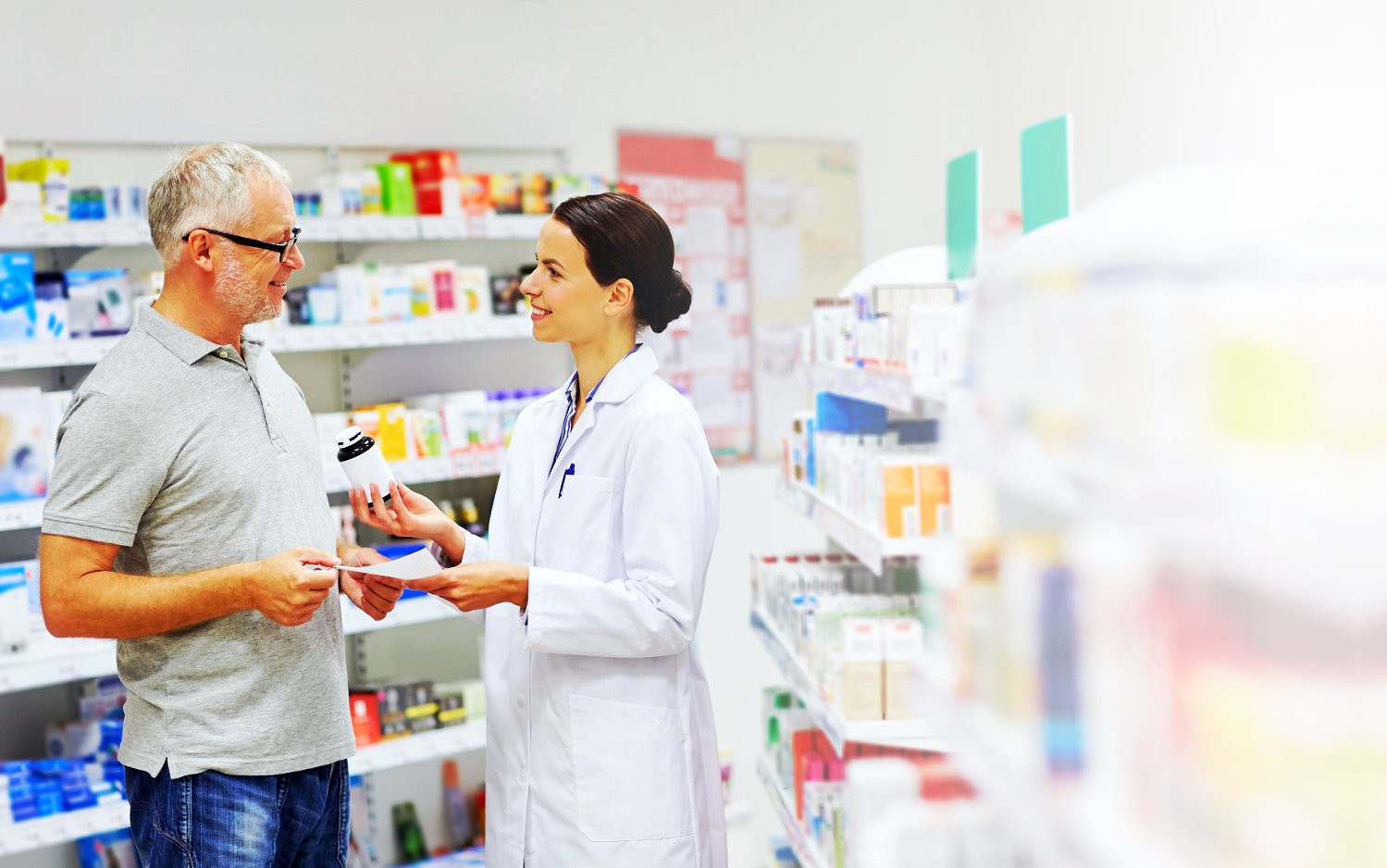 pharmacist and a customer having conversation
